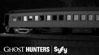 GHOST HUNTERS (Clips) | Do You Hear What I Hear? | Syfy