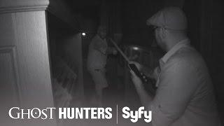 GHOST HUNTERS (Clips) | 'Swordplay' | Syfy
