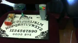 Ouija Board Session in my haunted house- Live!!!