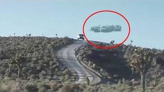 Ufo Flies Over Highway Caught On Camera In Moscow!! Viral Ufo Sighting 2018!!