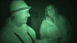 Ghost Hunting at Ashmore Estates:Listen to a Spirits Opinion of Zak Bagans