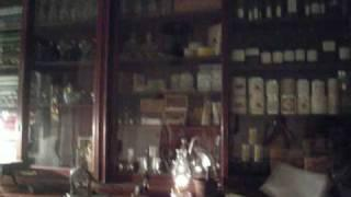 The Haunted Whaley House (ghostly image captured!)
