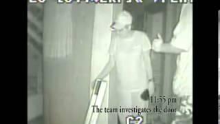 Villisca Ax Murder house: Closet door opening and reaction