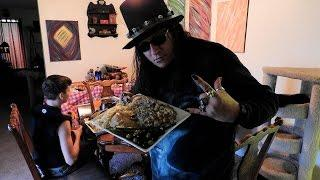 AngelOfThyNight Radio Presents: Lord Rick's Famous Supernatural Honey Whiskey Thanskgiving Turkey