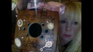 Andys Echo Box Live Showing and listening and what it looks like inside of one